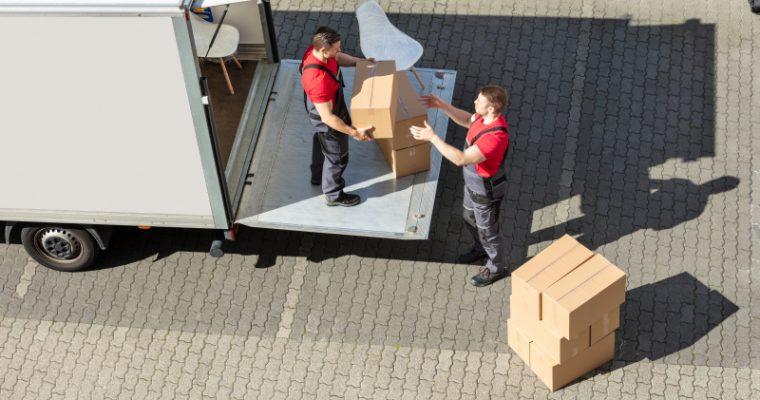 Undvik missöden när du anlitar flyttfirma